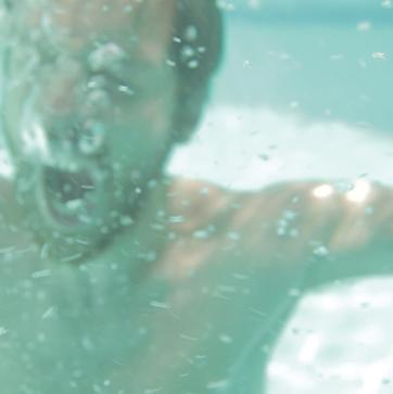 burning_heart_underwater